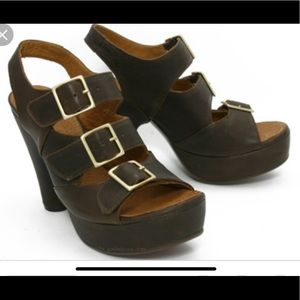 Shoes - Chie Mihara brown leather heel with buckles size40